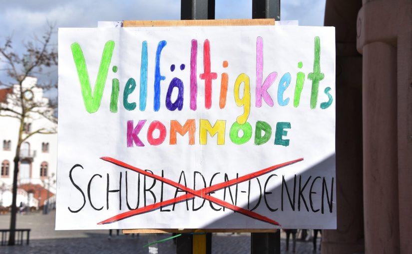 Vielfältigkeitskommode vs. Schubladendenken am 13.03.2019