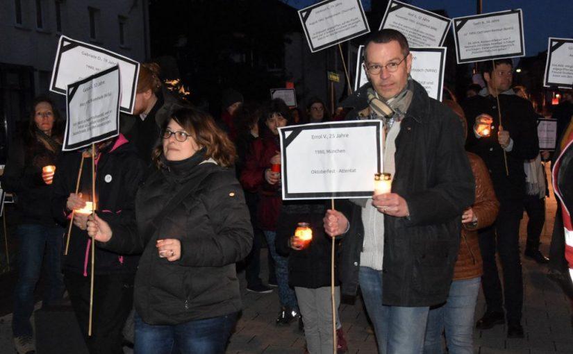 Presse-Information Nr. 140: Bewegte Lichter gegen das Vergessen: Landau setzt Zeichen für Frieden, Respekt, Toleranz und Menschlichkeit – Stadtspitze dankt Veranstalterinnen und Veranstaltern der Wochen gegen Rassismus